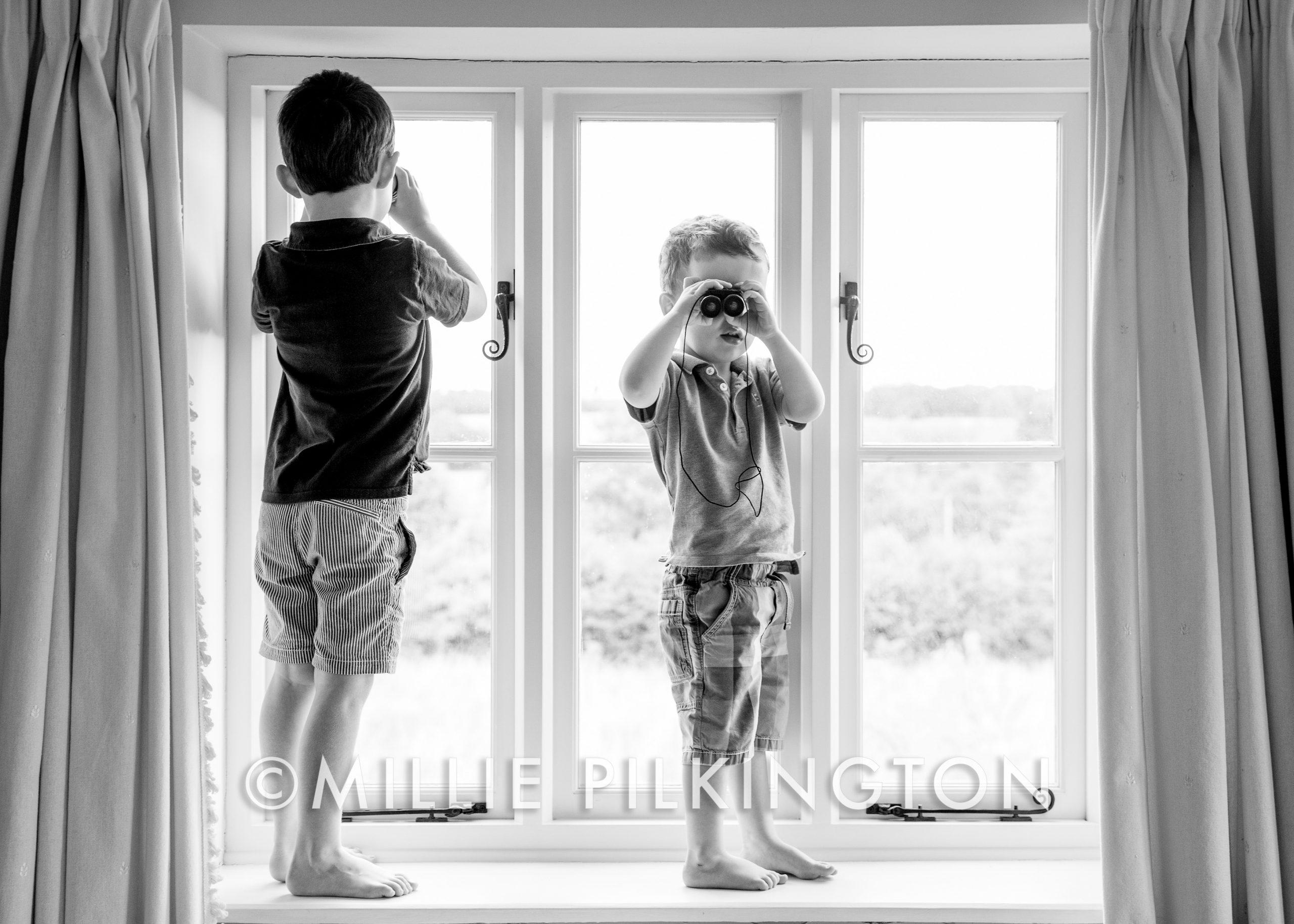 Candid children photo shoot Gloucestershire